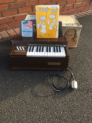 Vintage Magnus Electric Chord Organ Model 300E Working Made In USA 1960 Boxed