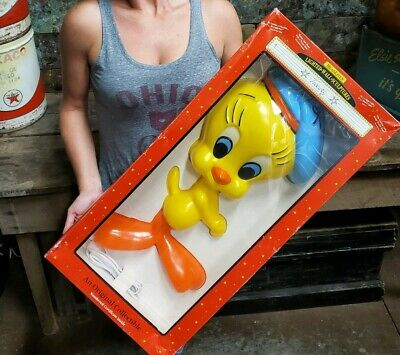"Vtg Warner Brothers Looney Tunes TWEETY Lighted Wall Sculpture By Headlites 22""H"