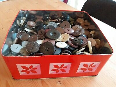 Collection of Large Vintage Buttons. 1930's Onwards. 100's. All Large. In Tin