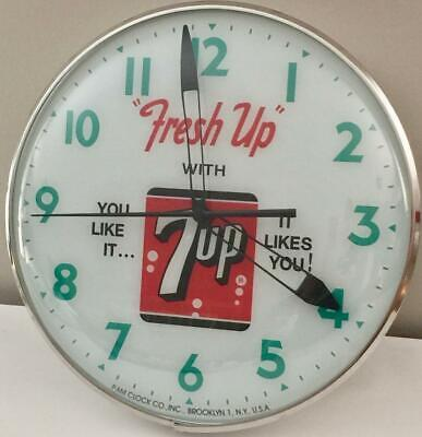 Pam Style Lighted Advertising Fresh Up 7 Up Clock