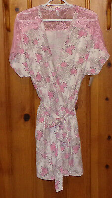 Jessica Simpson Lace and Roses Robe