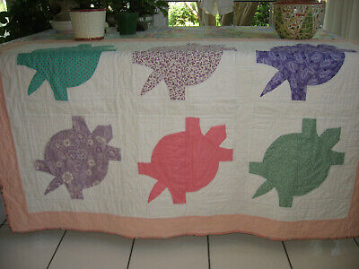 Crib Quilt Handcrafted Turtles Size 42x58 Hand Quilted Signed New