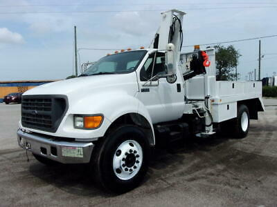 2003 Ford F-750 IMT 9000 Series Knuckle Boom Crane