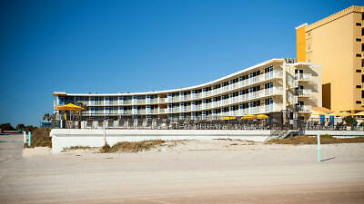 Outriggers Beach Club ~ Annual Suite With Ocean View ~ Usage Begins 2021