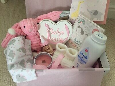 Its a Girl! Newborn Gift Hamper For Baby & Mum. Personalised 👶🏻💌