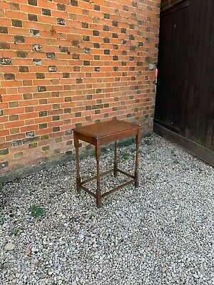 Small Oak Antique / Vintage Spider Leg Table Side Table