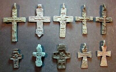 ANCIENT BRONZE CROSSES 10 PIECES. ARTIFACT 17 - 19 CENTURY. 19 - 39 mm. (S.079)