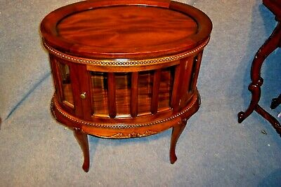 Solid Mahogany Carved Drinks Cabinet Side Lamp Table With Two Doors Glass.