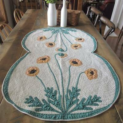 Amazing Quilting! Beautiful VINTAGE Poppies Table or Crib QUILT 45x28