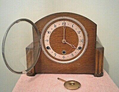 Vintage Art Deco British Made Westminster Chimes Mantle Clock with Pendulum