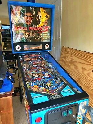 Lethal Weapon 3 Pinball Machine by Data East