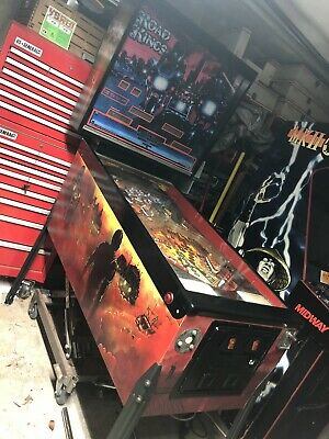 """1986 Williams Road Kings ONE OF A KIND """"Mad Max Fury Road Kings"""" Pinball Machine"""