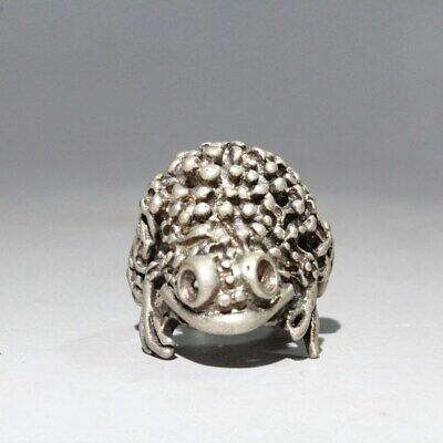Collectable Chinese Miao Silver Handwork Carve Toad Bring Wealth Auspicious Ring