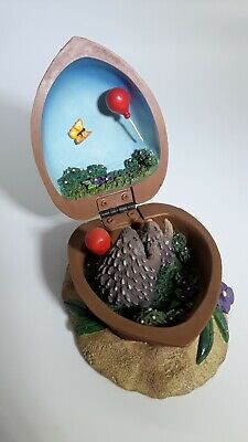 Collectible HEDGEHOGS In a Nutshell! 2 Teeny Tiny HEDGEHOGS Flying Balloons