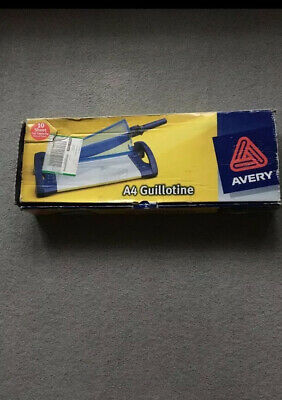 Avery A4 Guillotine 10 Sheet Cut Capacity Used Once