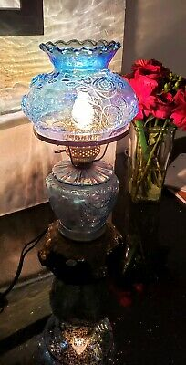 Lovely Vintage Ornate Blue Glass Gwtw Parlor Lamp / Table Lamp