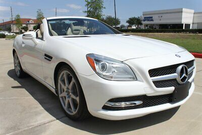 2015 SLK-Class SLK 250 CONVERTIBLE NAVIGATION PANO HEATED SEATS 2015 Mercedes-Benz SLK 250 CONVERTIBLE NAVIGATION PANO HEATED SEATS ONLY 31K MLS