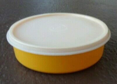 Tupperware Vintage Container # 1403 with Sheer Lid C Tab Seal 227