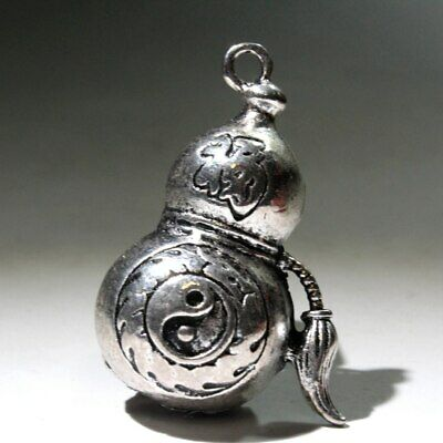 Collect China Old Miao Silver Hand-Carved Gourd Hollow Out Decorate Chic Pendant