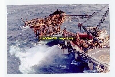 rp4899 - Remains of Piper Alpha 1988 - photograph 6x4