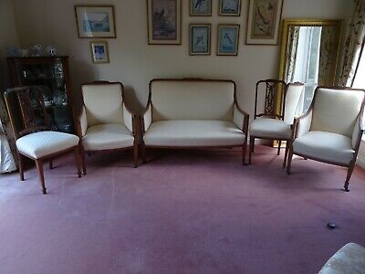 Edwardian 5 pce Salon Suite with cream upholstery fabric in excellent condition