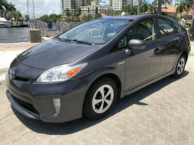 2013 Toyota Prius  2013 Toyota Prius 3 Fresh One FL Owner Automatic Fact Navigation Well Kept!!!!!!