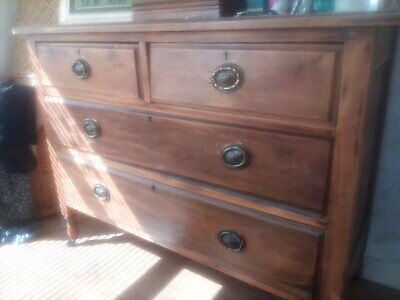 Old Bedroom chest of drawers
