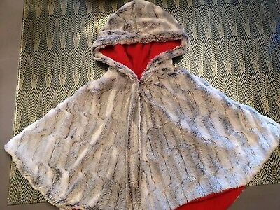 Girls Faux Fur Hooded Cape Age 2-3 - Grey with Red Fleece Lining - Custom Made