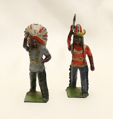 Britains Ltd Indian Figurines With Moveable Arms /Knife /Axe /Made In England