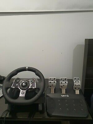 Logitech g920 driving force racing wheel With Pedals - Excellent Condition