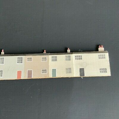 Artists Craft Studio Wooden Hand Painted Terrace Of Houses / Seaside Cottages