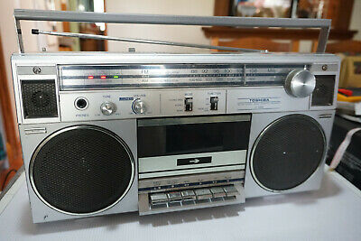 Toshiba RT-120S Boombox Vintage 1980s Radio Only AM/FM Made in JAPAN