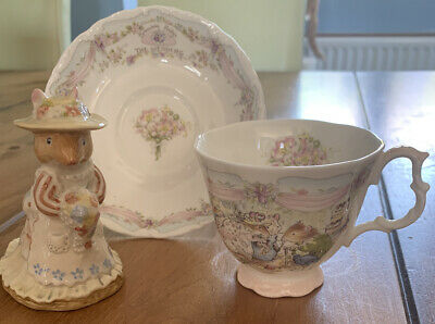 Royal Doulton 'The Wedding'  Brambly Hedge Cup Saucer And Figurine Set