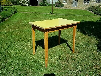 1960s SMALL VINTAGE FORMICA TOP KITCHEN TABLE