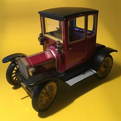 Schuco Oldtimer 1227 Ford Coupe T 1917