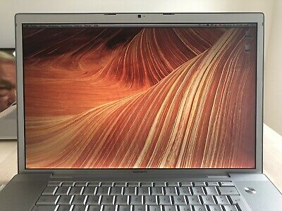 MacBook Pro | Core Duo 2.16 GHz | 17 Inch | Early 2006