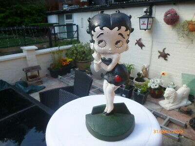 COLLECTABLE > Betty Boop Door Stop Cast Iron Vintage Style Hand Painted
