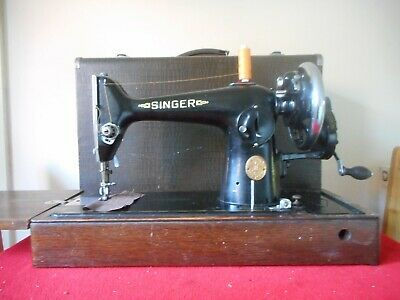 Vintage Singer 201K Hand Crank Sewing Machine Inc Fitted Case