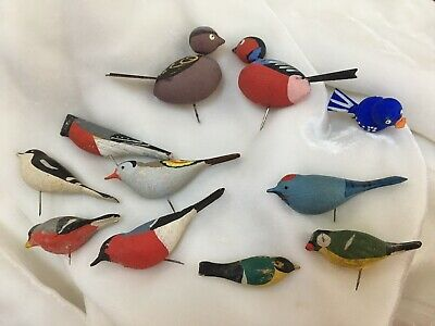 11 Vintage Carved Wood Miniature BIRDS Painted Sweden Wooden Figure LOT