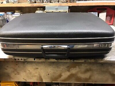 Vtg Hard Shell gray Samsonite Silhouette Luggage Suitcase Gray