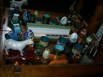 19 PIECES CLOISONNE COLLECTION, 2 animals, 13 napkin rings, 2 eggs, chopsticks