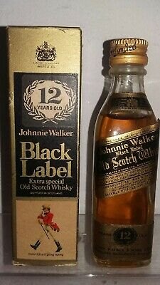 Johnnie Walker Black Label 12 Years Old Extra Special Scotch Whisky + Box Cl4