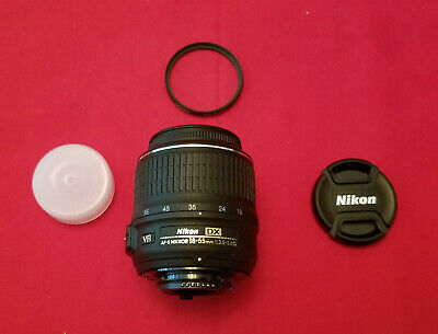 Nikon DX Nikkor AF-S 18-55mm F/3.5-5.6 G Aspherical VR ED Black Zoom Lens Great!