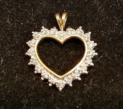 10k yellow gold heart pendant with diamonds LOT T