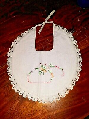 Vintage 1980s Embroidered Baby Bib - Flowers Floral Lace