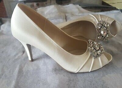 BNWB Gorgeous Augustine Wedding//Bridal Shoes By Pink Paradox in Ivory 7 40