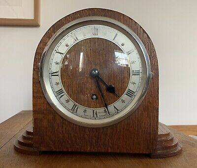 Beautifully 1930's  Art Deco British  Mantle Mantel Clock - Cleaned And Working
