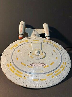 "BUILT, PAINTED, USS ENTERPRISE ""D"" 1:1400 Star Trek, Next Generation AMT Model"