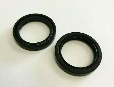 12x20x6mm Nitrile Rubber Rotary Shaft Oil Seal with Garter Spring R23 TC