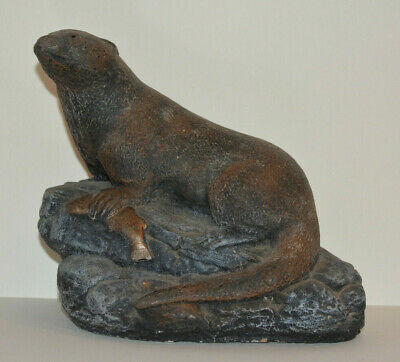 Otter with fish stone garden ornament Painted (heavy over 2kgs) 18cmx15cmx12cm